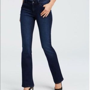 Ann Taylor curvy boot cut jeans size 6P